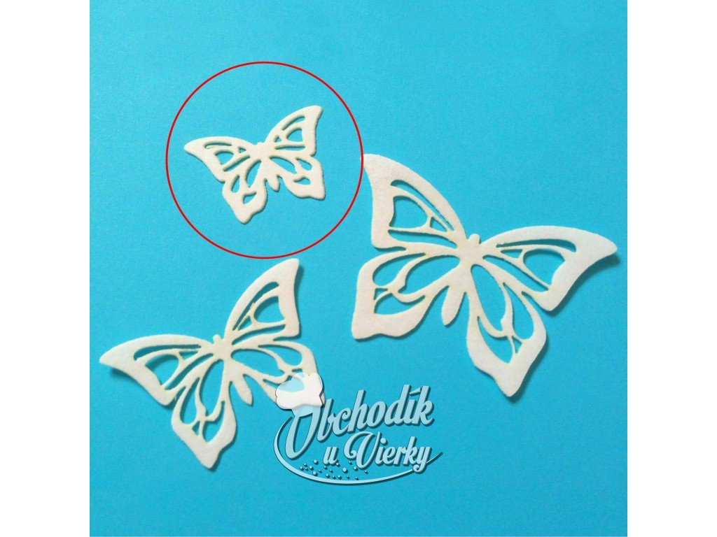 motylik z jedlej oblatky maly