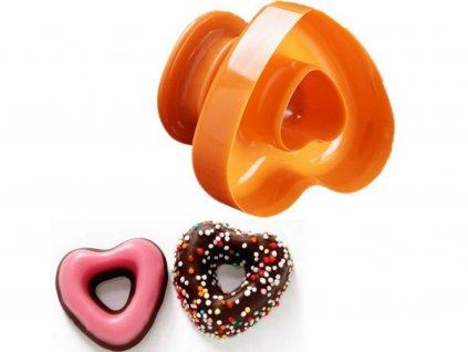 Vykrajovač na donuty v tvare srdca
