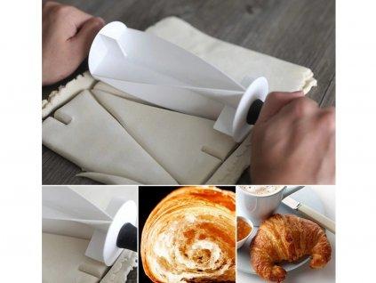 Valček na výrobu croissantov plastový 1