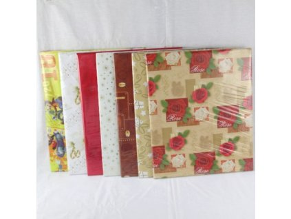 01125 Tortová kartónová podložka 34,5 x 28,5 x 0,6 cm obalená darčekovým papierom