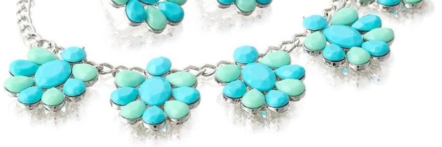 Šperky z pryskyřice jako opravdové nerosty