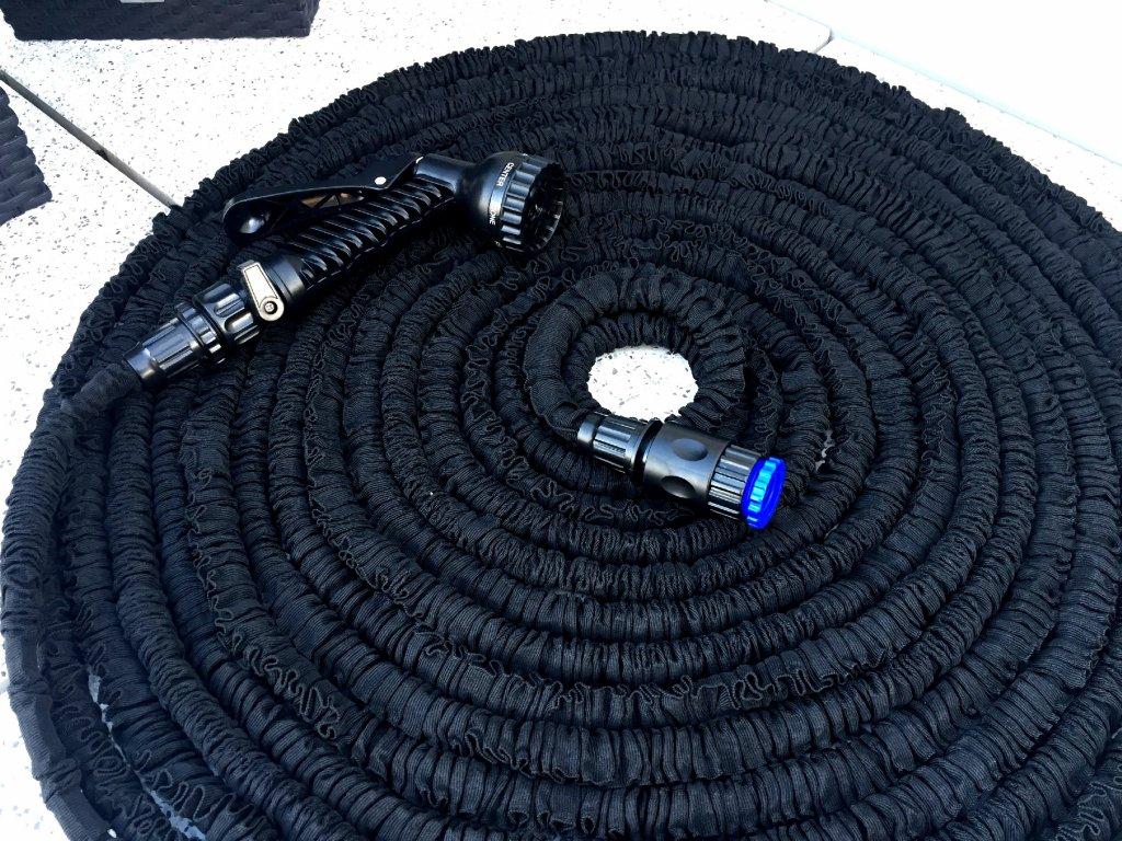 Černá 15 M Smršťovací zahradní hadice