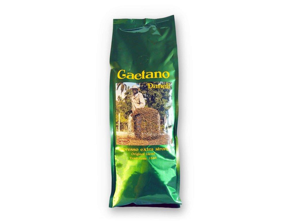 Kvalitní čerstvě pražená zrnková káva Gaetano Daneli