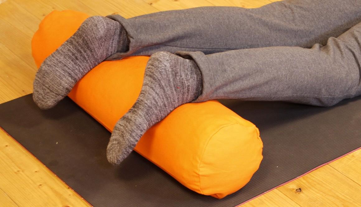Pohankový válec bolster na jógu a relaxaci