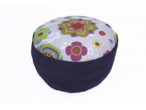Meditacni pohankovy polstar s mandalkou sedy