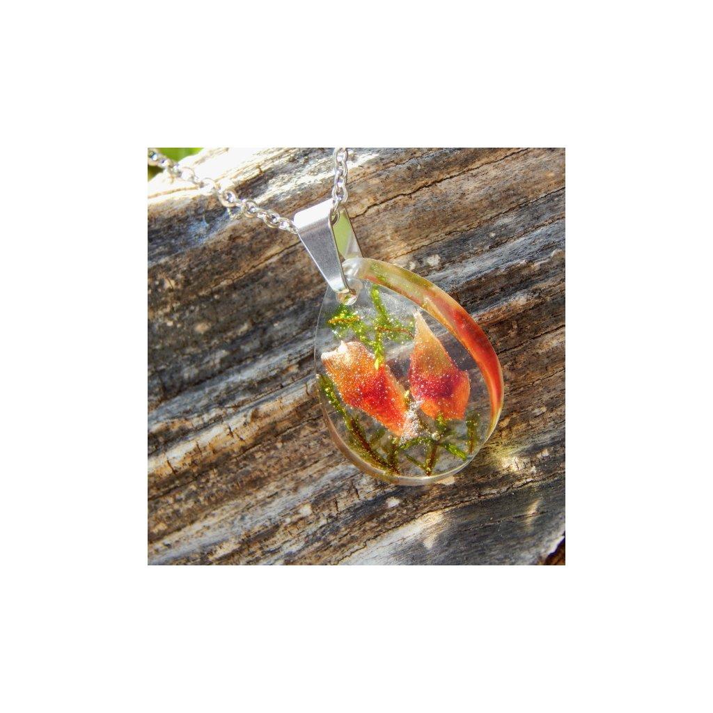 privesek pryskyrice prave kvety zeleny mech cervena siska obduro jewellery