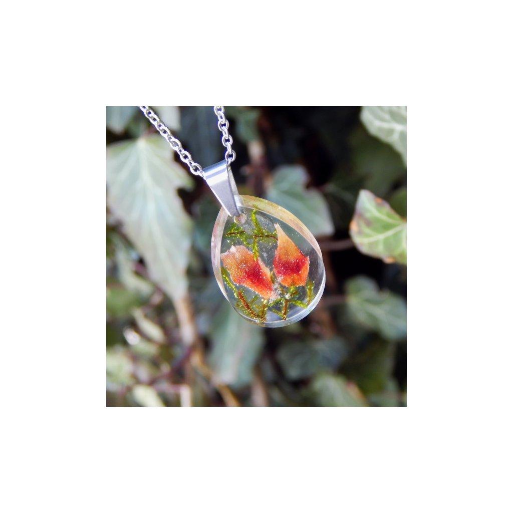 nahrdelnik zeleny mech siska prave kvety obduro jewellery