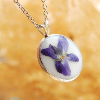 nahrdelnik pravy kvet fialka violka obduro jewellery