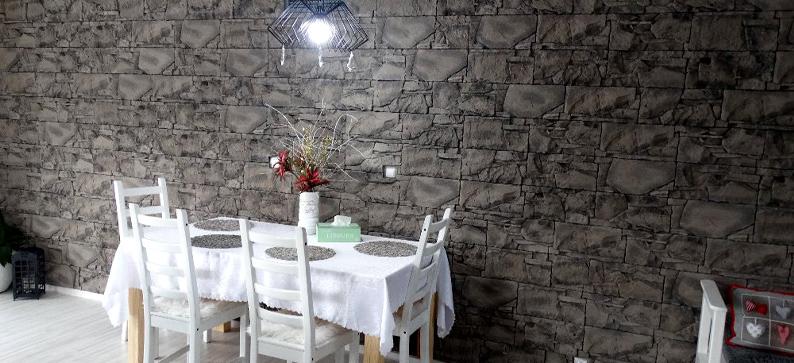 betonovy-obklad-v-interieru