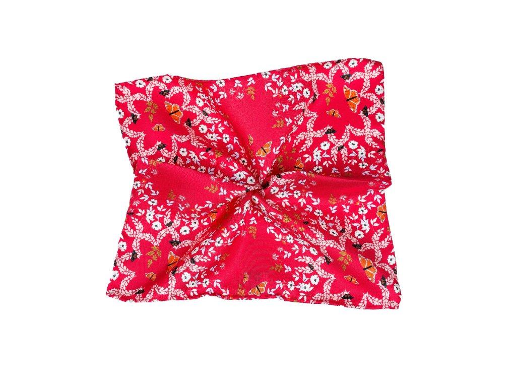 Červený kapesníček s kvítky a motýly