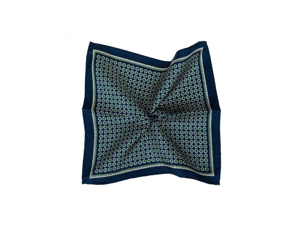 Tmavě modrý kapesníček se zeleným ornamentem a okrajem