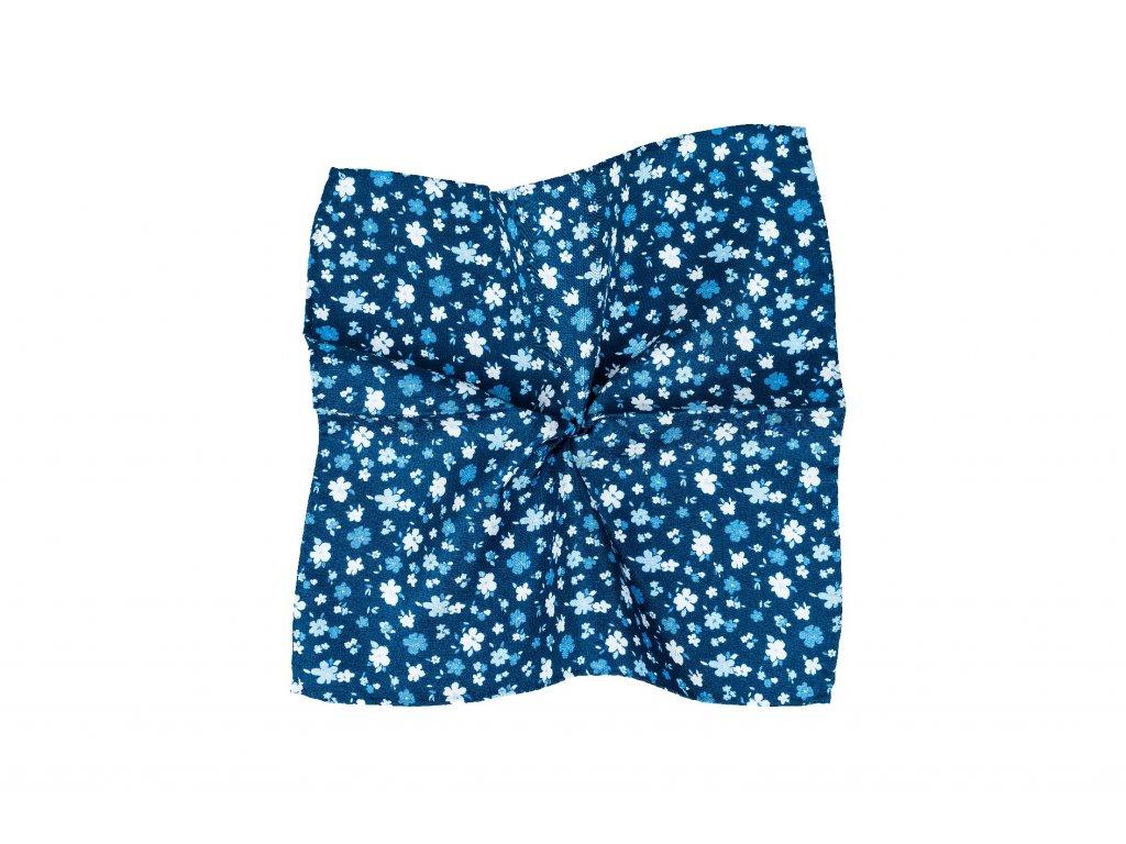 Modrý kapesníček s modrobílými květy