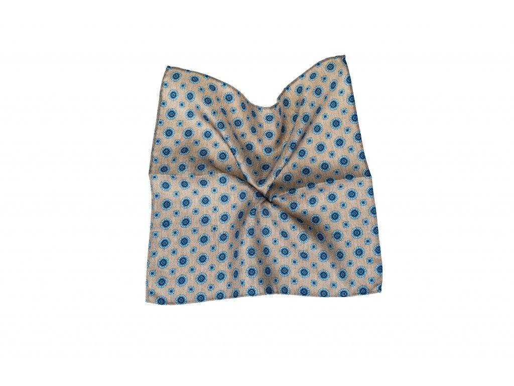 Béžový kapesníček s modrým ornamentem