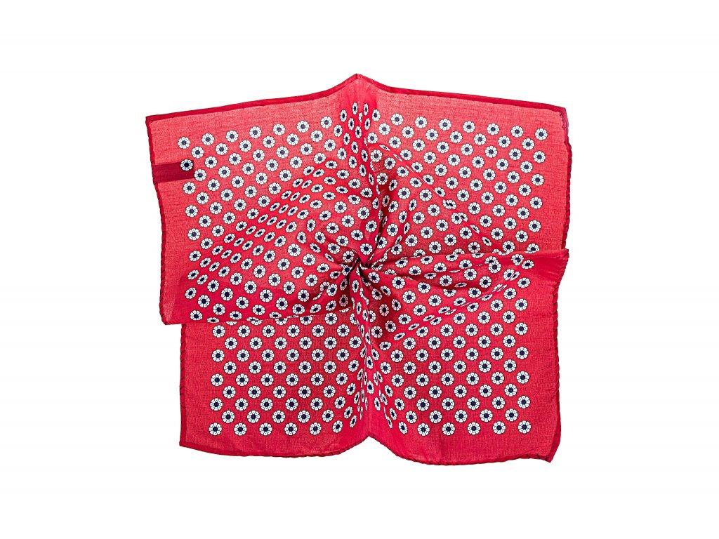 Červený kapesníček s květy