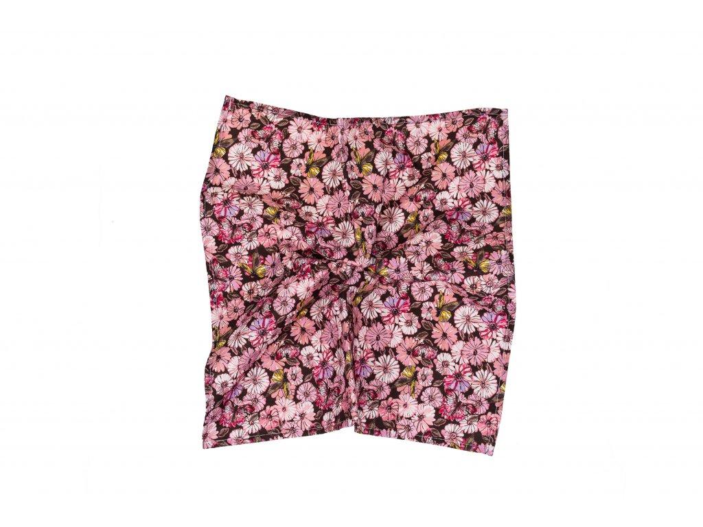 Hnědý kapesníček s růžovými kytkami a motýly