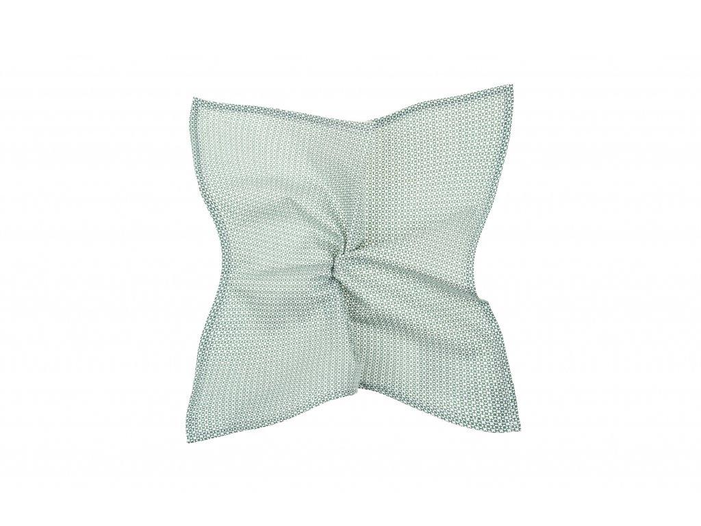 Bílý kapesníček s drobným zeleným vzorem