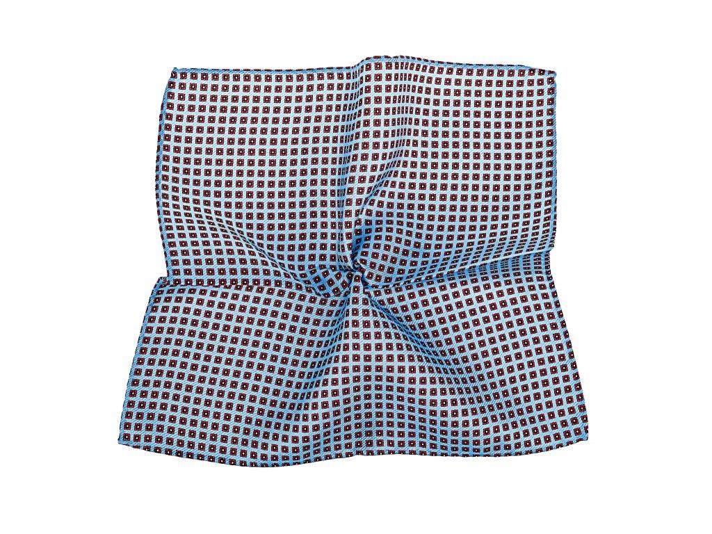 Světle modrý kapesníček s červenými čtverečky