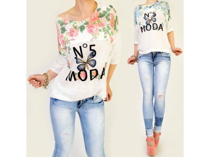 tričko biele s kvetmi ružové a modré