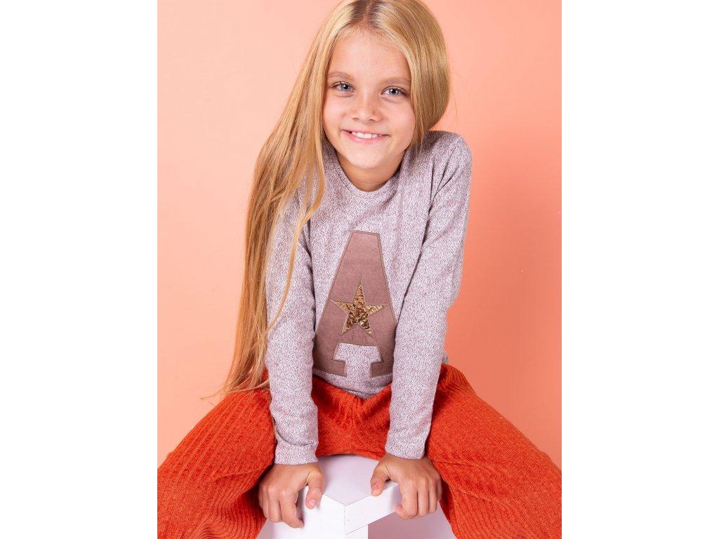pol pl Brazowa bluza dla dziewczynki z litera 278539 5