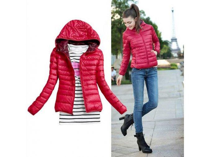 Lehká dámská prošívaná bunda s kapucí