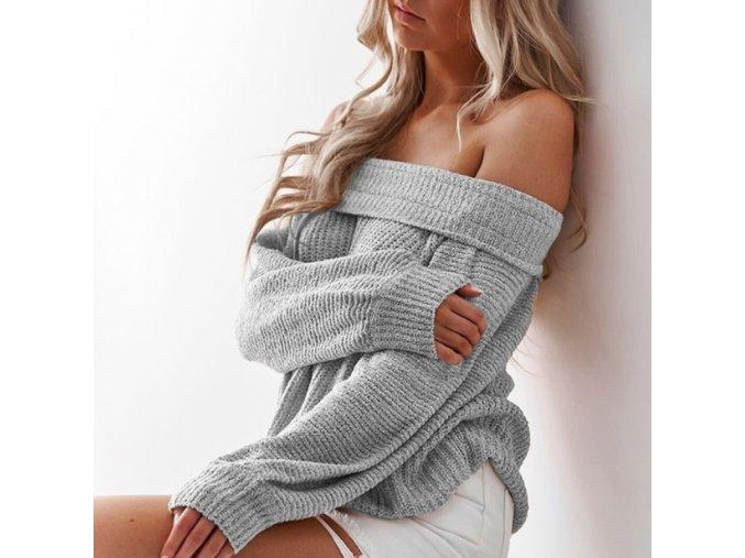 Sexy svetr se spadlým ramenem