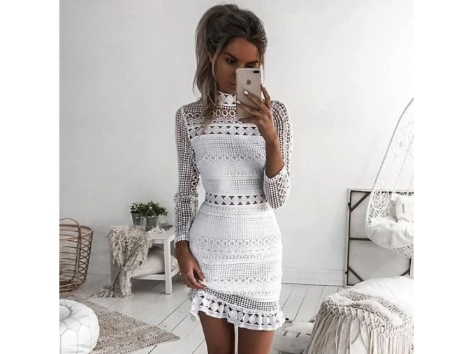 Dámské stylové krajkové šaty s dlouhým rukávem