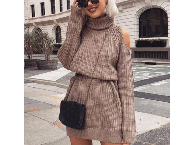 Stylové pletené šaty s průstřihy