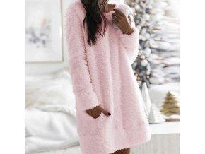 Plyšové zimní šaty které krásně zahřejí