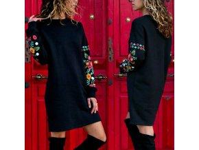 Dámské zateplené šaty s výšivkou