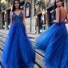 Královsky modré plesové šaty