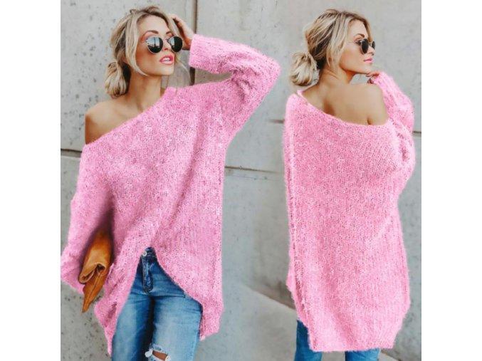 Oversize sveter s odhaleným ramenom