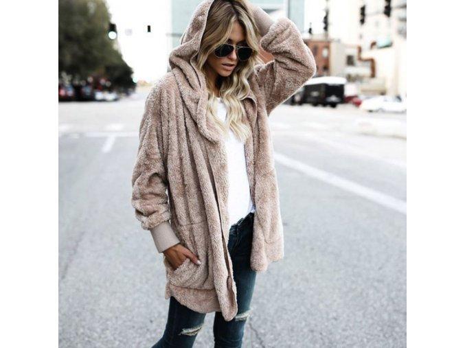 Hrejivá dámska huňatá bunda na zips