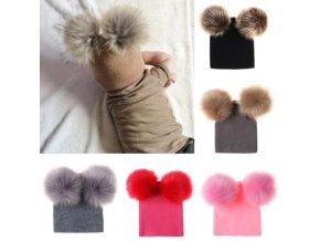 Luxusná detská pletená čiapka s brmbolcami