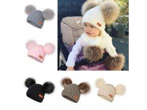 Detská luxusná čiapka s brmbolcami