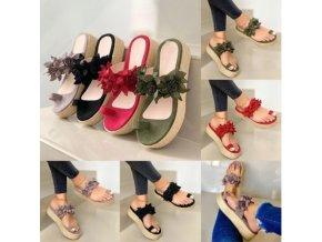 Letné sandálky na platforme zdobené kvetmi - 4 farby