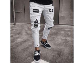 Pánske roztrhané štýlové džínsy zdobené záplatami