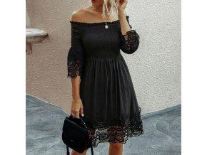 Letné čierne šaty so spadnutými ramenami zdobené čipkou - veľmi vzdušné