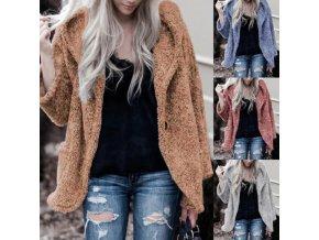 Módne krátky chlpatý kabát s kapucňou