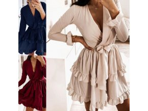Krásne volánikové šaty na zaväzovanie s dlhým rukávom