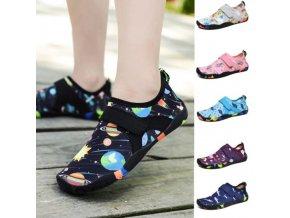 Detské športové topánky vhodné aj do vody s rôznymi vzormi