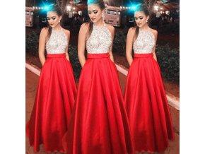 Červené trblietavé plesové šaty