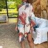 Krásne vzdušné šaty s jedným rukávom zdobené Chokerem