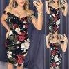 Sexy šaty s ružami a hlbokým výstrihom