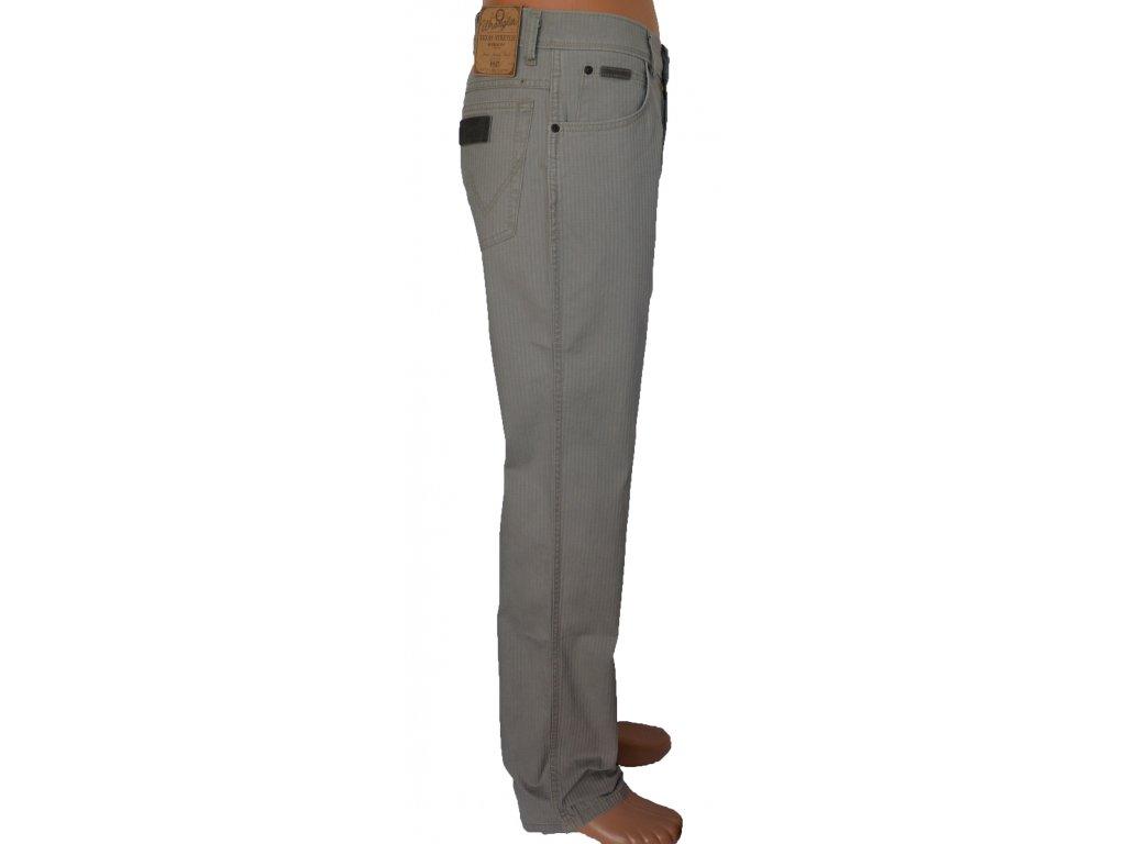 632aa9d0b4f ... kalhoty wrangler W121 U8 148 w121U8148 light olive pánské pláťáky ...