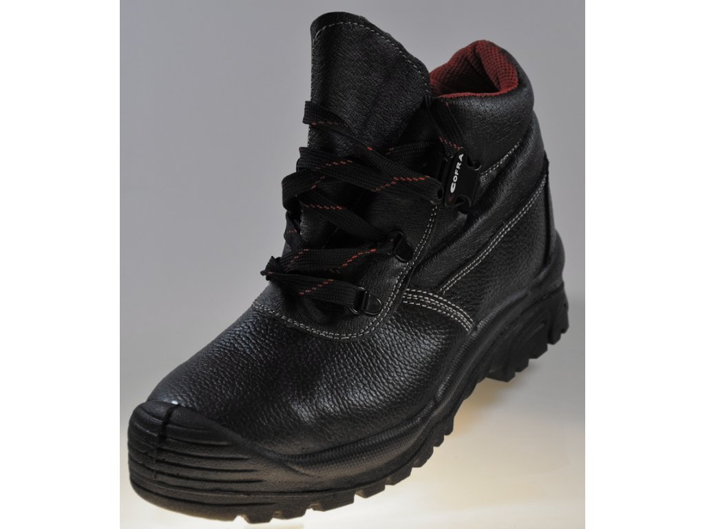 65b23bf6e9e8 ... pracovná obuv s oceľovou špičkou S3 COFRA model LHASA pohlad va spicku  obuvi ...