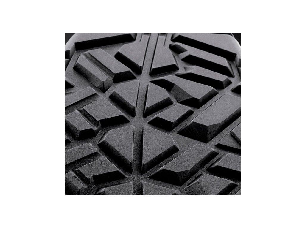... Členková pracovná obuv hnedej farby bez oceľovej špičky od výrobcu ARTRA  v modelovom prevedení ARCHA 942 62f525a023