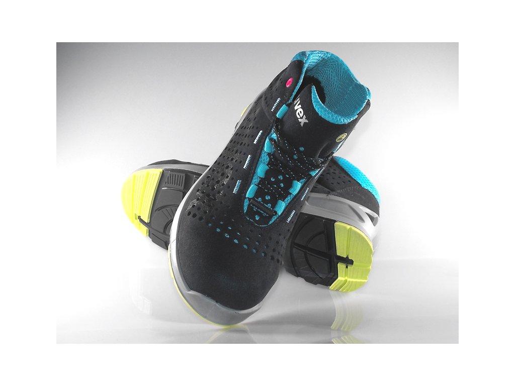 305711842 ... Dámska pracovná obuv UVEX 8563 s pohľadom na špičku pracovnej obuvi ...