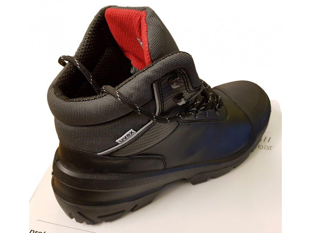 ... Pracovná obuv UVEX QuaTRO PRO 8401 S3 SRC zadný záber ... 3794641645c