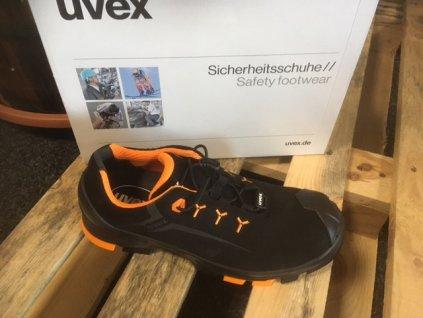 Špičkové bezpečnostné poltopánky značky UVEX 65082
