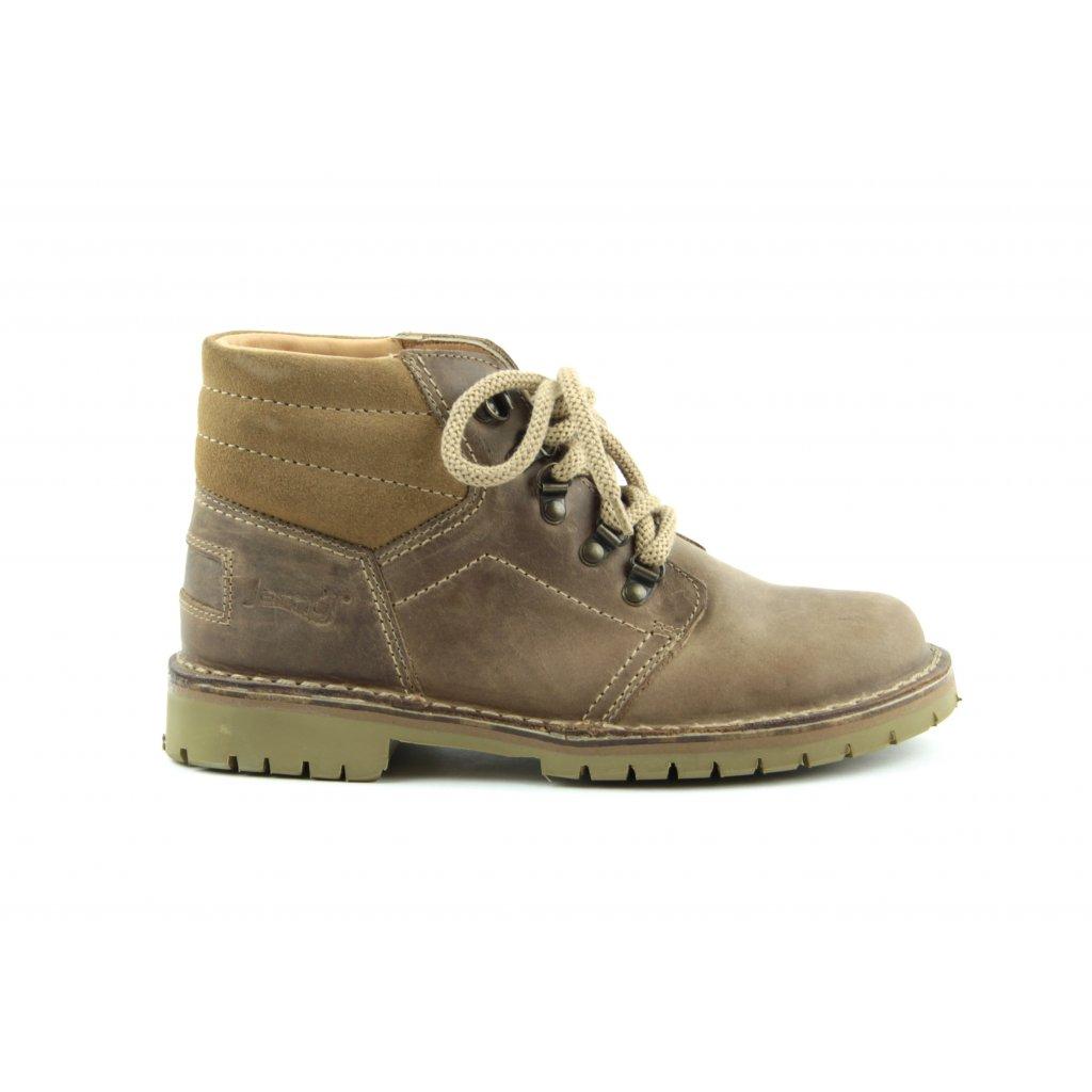 trapper brown1